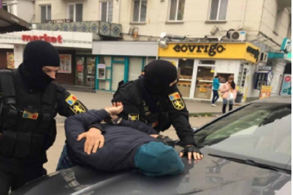 В Волгограде арестованы наркодилеры